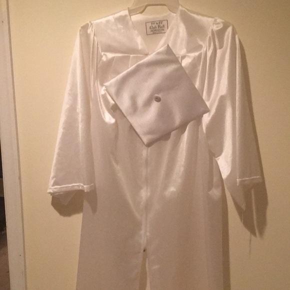 Oak Hall Horizon Dresses   White Graduation Cap And Gown   Poshmark